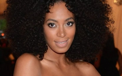 [PICS] SOLANGE LOOKING LIKE SUNSHINE AT THE MET