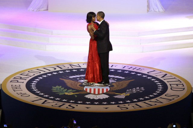 OBAMA AND FIRST LADY AT BALL